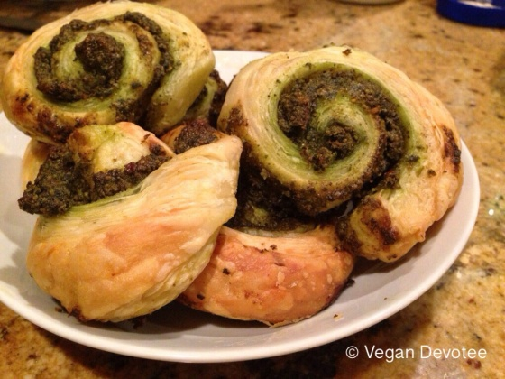 Vegan devotee appetizer spinach and basil pesto pinwheels